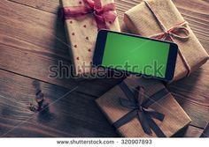 Smartphone Wood zdjęć stockowych, obrazów i zdjęć | Shutterstock