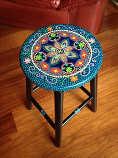 42 Outstanding Diy Painted Chair Designs Ideas To Try Awesome 42 Outstanding Diy Painted Chair Hand Painted Chairs, Whimsical Painted Furniture, Hand Painted Furniture, Paint Furniture, Furniture Makeover, Painted Rocking Chairs, Chair Makeover, Furniture Removal, Dot Art Painting