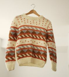 Vintage Knit Cream and Pink Knit Sweater Medium par PrettyColourful, $28.00