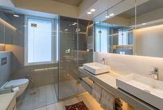 Reforma integral de vivienda en Madrid. Baño principal Corner Bathtub, Lighting Design, Madrid, Interior Design, Architecture, Master Bath, Architects, Light Design, Nest Design