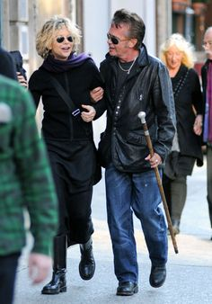 http://icydk.com/2011/01/03/did-john-mellencamp-leave-his-wife-of-20-years-for-meg-ryan/