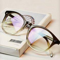2d0680b5150 DRESSUUP Gradient Color Fashion Frame Glasses Women Round Classic Optical  Vintage Glassesmodlilj Womens Glasses Frames