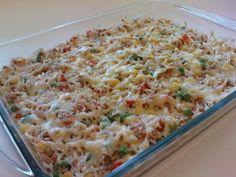 Receita de Arroz de forno com atum e legumes.