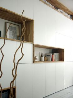 mur rangements blanc bois scandinave Plus - anaïs vonarx Living Room Storage, Wall Storage, Home Theaters, White Storage Cabinets, Muebles Living, Ikea Wall, Home And Living, Furniture Design, Tv Furniture