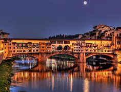 Ponte Vecchio, Firenze. One of the most beautiful places in the world.