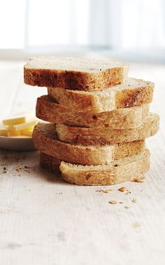 Easy No-Knead White Sandwich Bread - Canadian Living Sandwich Bread Recipes, Herb Bread, Pizza, Bread N Butter, Food Categories, Recipes For Beginners, Bread Baking, Quick Easy Meals, Sandwiches