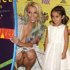 La nièce de Britney Spears vole la vedette et devient une sensation du Web | HollywoodPQ.com