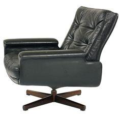 lounge chair designed by Fred Kayser for Vatne Möbler