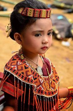 Where are you from, little princess? Beautiful World, Beautiful People, Cute Kids, Cute Babies, Very Cute Baby, Namaste, Asian Kids, Beauty Around The World, Country Women