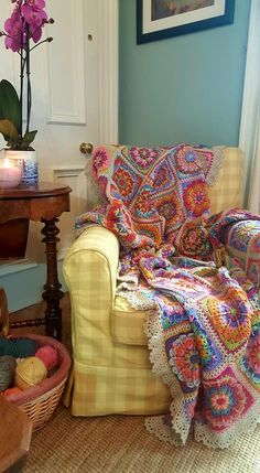 By Lucia's Fig Tree, her Mandala Blanket using Sally by Polly Plum...Edie Eckman Around the Corner, border 30
