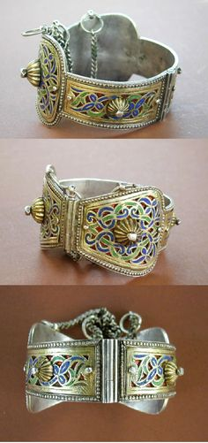 """Antique silver Berber wedding anklet from Fès, in Morocco.  