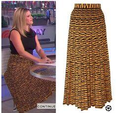 Jenna Bush Hager, Hoda Kotb, Tiger Print, Today Show, Printed Skirts, Savannah Chat, Black Tops, Printer, Women