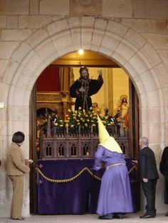 Nazareno de Villaralbo saliendo