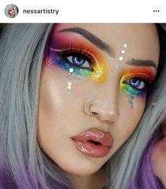 28 pretty rainbow makeup ideas - Hübsche Regenbogen-Make-up-Ideen – Modisch 28 pretty rainbow makeup ideas # Pretty makeup - Makeup Drawing, Makeup Art, Makeup Ideas, Makeup Quiz, Makeup Hacks, Make Carnaval, Makeup You Need, Rave Makeup, Prom Makeup