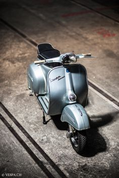 Vespa Sprint GT 125 im O-Lack, original Zustand, wie Vespa SS 180 – Vespa Motor Scooters, Lambretta Scooter, Mobility Scooters, Apex Scooters, Vintage Vespa, Vintage Italy, Triumph Motorcycles, Audi Tt, Ford Gt