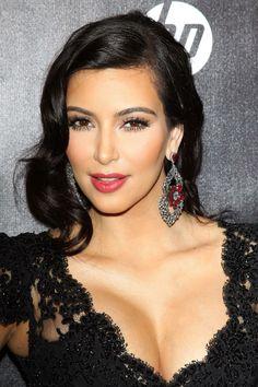 11 Wedding Hair Ideas for Kim Kardashian - Page 3 Hair Styles 2014, Medium Hair Styles, Long Hair Styles, Celebrities Hairstyles, Celebrity Wedding Hair, Kim Kardashian Wedding, Ashley Green, Red Carpet Hair, Wedding Hairstyles Tutorial