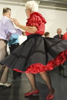 how to make a petticoat for a poodle skirt