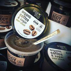 🙈☕️ ..non c è vita prima del caffè ☕️ #coffeetime 😌☕️ #buongiorno 🤗 ☕️ 👉🏻#scrubcorpo #organicshop #zucchero e #caffè ☕️ online su www.lacosmeticabio.com ☕️😌 #lacosmeticabio #bodycareroutine #bodycare #organic #ecobiocosmesi #scrub #coffee #bio #bioblog #biobeauty #biocosmesi #ecobiocosmesi #cosmesibio #bioscrub #scrubgoloso #sana2017 #cosmosnatural #braziliancoffee #bioblogger #bblogger #bbloggers #bloggeritalia #dudecor