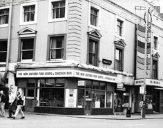 Manchester in 1985 - 30 years ago - Manchester Evening News Manchester City, David Bowie, 30 Years, Old Photos, 1980s, Britain, Nostalgia, Street View, Memories