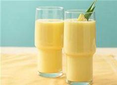 Mango Pineapple smoothie, yum!