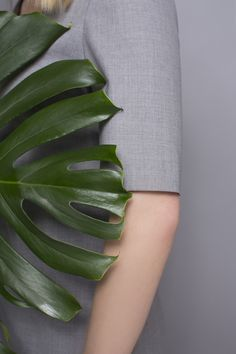 DRESS CODE TROPICAL WOOL #grey #dress #dresscode #tropicalwool #natural #wool #details