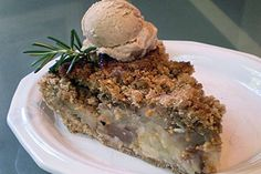 the recipe is for ginger- pear pie -HOWEVER - I reallly want the vegan cinnamon vanilla bean ice cream!!! yum!!!!!