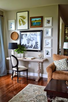 Black And Gold Frames Mixed Frame Styles Decorating