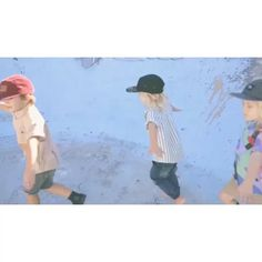 OUR HAT HARVEST RANGE IS OFFICIALLY ONLINE!!!!!!!!! Check out this incredible video in full online that the clever @wilde.visual created! We also have the full look book online too with all the beautiful shots by @jennaagius  www.alfiechildrensapparel.com (Song by @skegss ) #alfiechildrensapparel #kidsfashion #5panelhat #6panelhat #partyshirt #skatepark