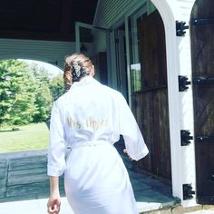 We're getting ready for an amazing day!  Can't wait to celebrate with Kelly and Marc! Check out the super cute customized robe   #appelofmyeye #weddingday #countrywedding #bride - http://ift.tt/1i1Kl0R