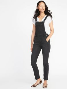 Old Navy Women's Straight Black-Wash Denim Overalls Faded Black Big And Tall Size 4 Old Navy Overalls, Overalls Outfit, Denim Overalls, Women's Jeans, 1920s Fashion Women, Latest Fashion For Women, Girl Fashion, Unique Fashion, Clothes For Sale