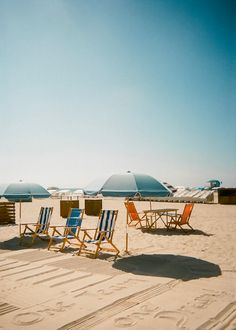Miami on Film: Disposable Camera Challenge When traveling to South Beach Miami, I was inspired by the influencer, Maddy Corbin & . Kodak Disposable Camera, Camera Photography, Travel Photography, South Beach Miami, Shoot Film, Beach Aesthetic, Photo Online, 35mm Film, Florida Beaches
