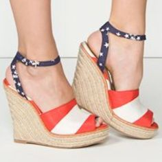 Seychelles Lost Control Wedges Nwot Size 11