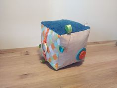 Cube Bebe, Cubes, Baby Couture, Baby Sewing, Diy For Kids, Creations, Arts And Crafts, Handmade, Bobby