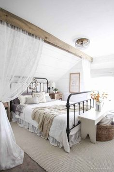 50 Modern Farmhouse Bedroom Decor Ideas Makes You Dream Beautiful In If you are looking for [keyword], You come to the right place. Below are the 50 Modern Farmhouse Bedroom Decor Ideas Makes Yo. Farmhouse Style Bedrooms, French Country Bedrooms, Farmhouse Master Bedroom, Master Bedroom Design, Bedroom Designs, Bedroom Ideas, Bedroom Photos, Bedroom Themes, Bedroom Colors