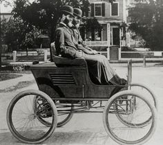The Stanley twins motor down Hunt Street in Watertown in their first steam car in 1897. The brothers had moved their business from Maine to the Bay State in 1890.