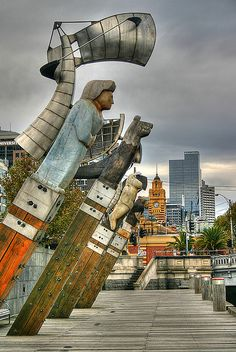 ♥ Melbourne ~ Victoria A great stimulus for students to use to consider multi-cultural community, the urban landscape and how we view the arts in the city - is it the same in the country areas?
