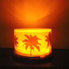 Lampara LED circular. Atardecer en la playa. USB o Tomacorriente.  Led Lamp Palm sunset.
