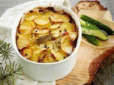 Snack Recipes, Cooking Recipes, Snacks, Finnish Recipes, Oven Baked, Deli, Love Food, Tapas, Potato Salad