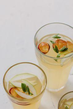 https://flic.kr/p/nTKy3L | Homemade lemon + lime cordial | www.mydarlinglemonthyme.com/2014/07/homemade-lemon-lime-c...