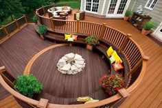 I love multi levels, circles and wood in different tones.  This is lovely.