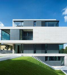 The Villa Griebnitzee in Germany by Axthelm Rolvien Architekten _