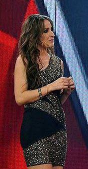 La cantante Malú con vestido de bdba