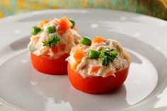 Tomates rellenos de ensaladilla Tapas, Cooking Time, Mashed Potatoes, Eggs, Stuffed Peppers, Fruit, Vegetables, Breakfast, Ethnic Recipes