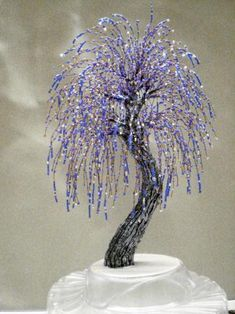 preview Tree Of Life Art, Tree Art, Beaded Crafts, Wire Crafts, Miniature Trees, Jewelry Tree, Beading Projects, French Beaded Flowers, Seed Bead Flowers