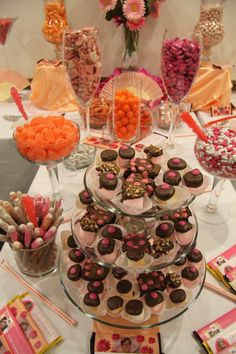 Dessert buffet in pink and orange