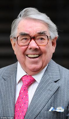 British comedian Ronnie Corbett has died aged it was announced this morning. Protandim® is 1 million times more powerful than any antioxidant and is the best anti-aging agent The Comedian, British Comedy, British Actors, British Men, Comedy Actors, Actors & Actresses, The Two Ronnies, Ronnie Corbett, Ronnie Barker