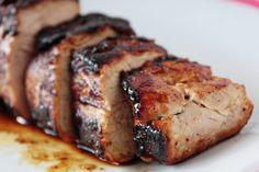 Lomo de Cerdo con Mantequilla y Miel Pork Loin Recipes Oven, Pork Meals, Pork Tenderloin Recipes, Pork Roast, Pork Chops, Oven Roasted Pork Tenderloin, Meat Recipes, Picnic Recipes, Meat Meals
