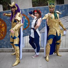 What a great picture with the company of @befusionteamcosplay the greatest saint seiyass!!  Did you watch saint seiya? Vieron caballeros del zodíaco? #saintseiya #caballerosdelzodiaco #yuri #yurisakazaki #anime #videogames #cosplay #cosplayer #cosplayers