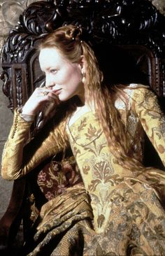Cate Blanchett in the title role of Elizabeth (1998).