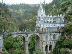 santuario de las lajas, Colombia - WOW